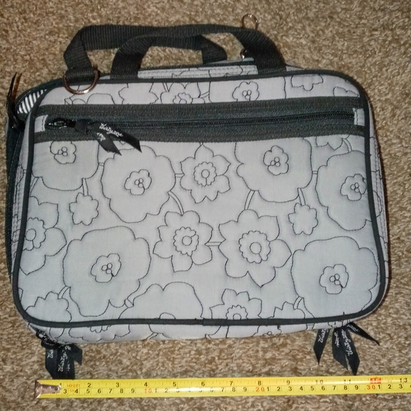 Thirty One Make up bag